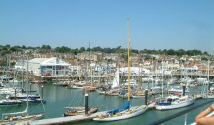 uk-yacht-charter-port-week-cowes