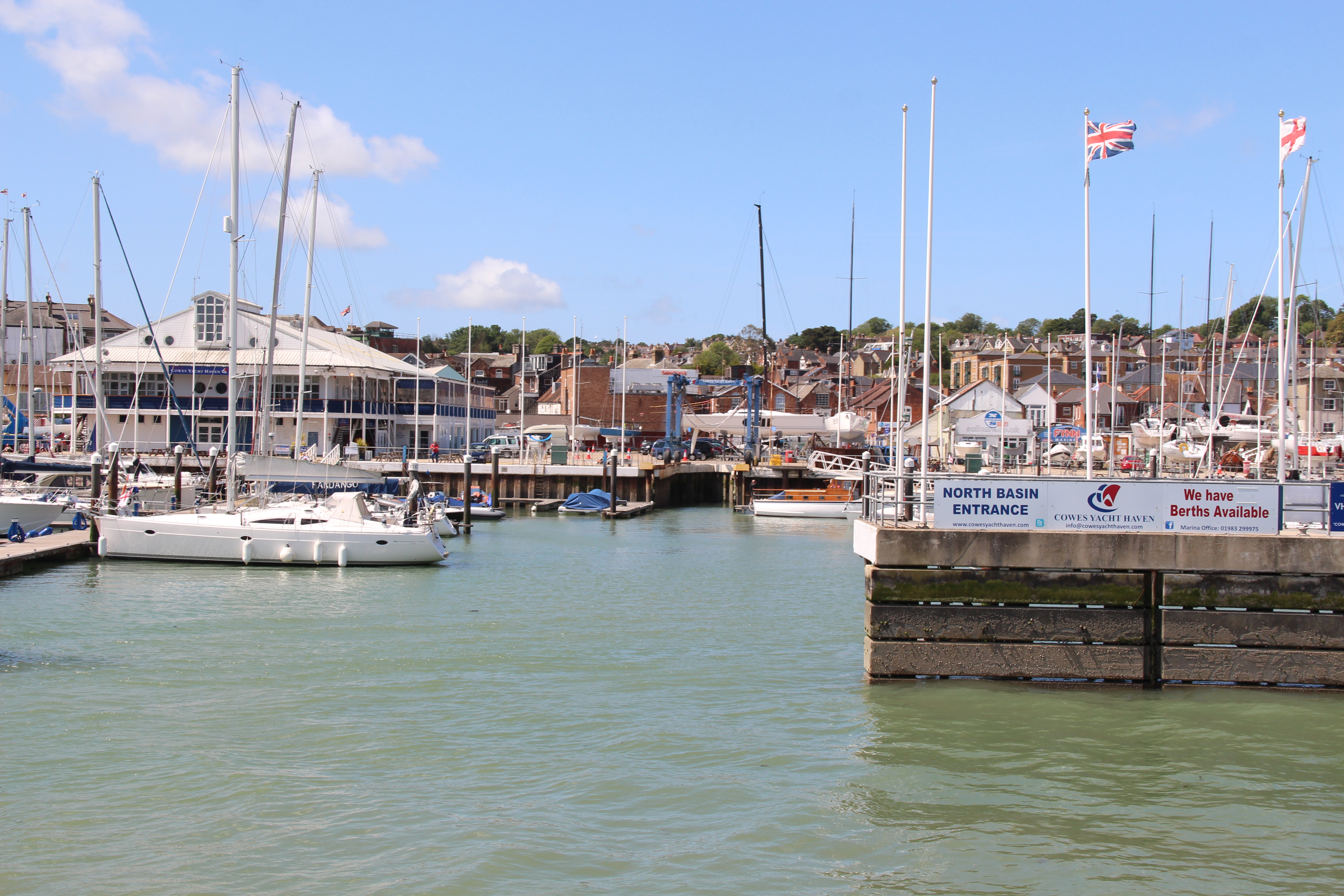 Sailing to Cowes