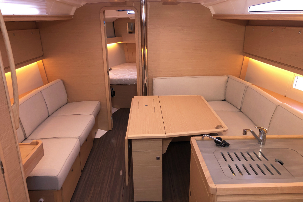 dufour 390 for charter