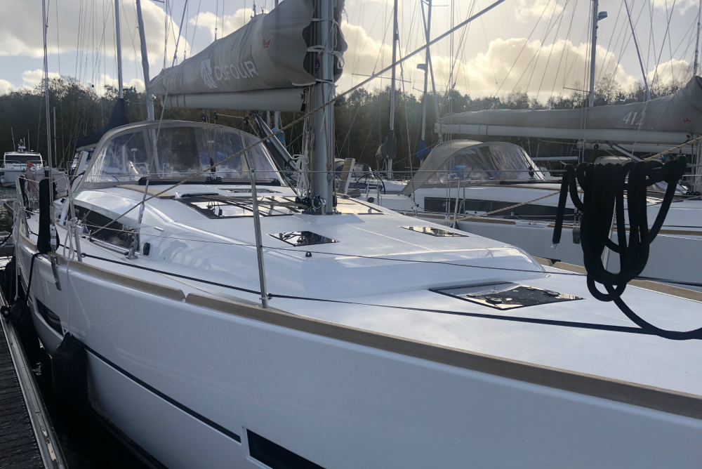 Dufour 412 For Charter